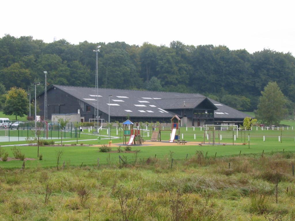 centre sportif Hulle.JPG